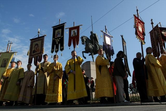 Крестный ход по Невскому проспекту 12 сентября 2013 : Фото