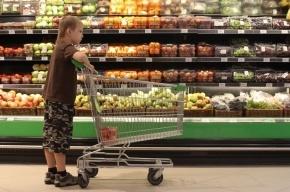 Петербуржцы тратят в среднем 655 рублей за один поход в магазин