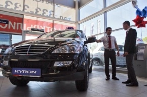 В августе продажи автомобилей в Петербурге упали на 9%