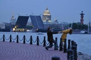 Петербург стал самым популярным городом по летним поездкам россиян