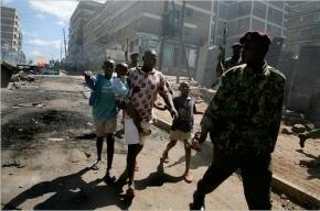 В Кении неизвестные расстреляли посетителей торгового центра