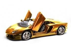 Самый дорогой в мире автомобиль из золота и бриллиантов продают в ОАЭ