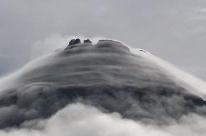 На дне Тихого океана обнаружен самый большой вулкан на Земле