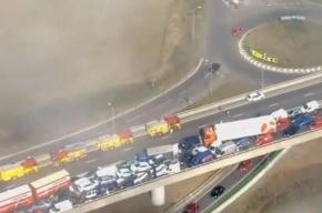 200 человек пострадали в столкновении 100 машин в Великобритании