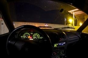 В Петербурге подозреваемых в угоне авто задержали после совершенного ими ДТП