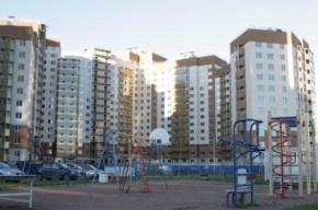 В Петербурге компания получила в управление дом, пообещав 4 квадриллиона рублей