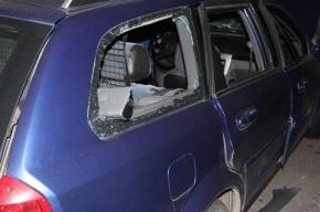 Один человек погиб от взрыва в автомобиле в центре Петербурга