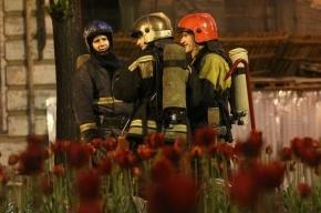 Один человек пострадал в ночном пожаре в Невском районе