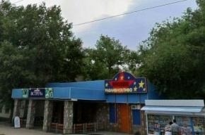 В Воронеже люди в масках избили посетителей кафе