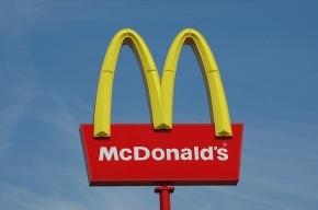 Мужчина устроил стрельбу в калужском «Макдоналдсе» из-за девушки