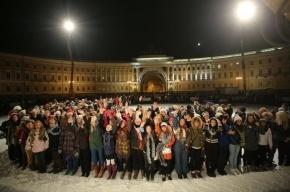 На Дворцовой площади под искусственным снегом снимали фильм «Елки-3»