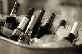 Онищенко запретил поставки молдавского вина в Россию