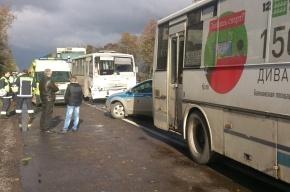 На Московском шоссе столкнулись две маршрутки, грузовик и микроавтобус