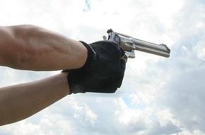 В Петербурге инкассаторы застрелили налетчика во время ограбления