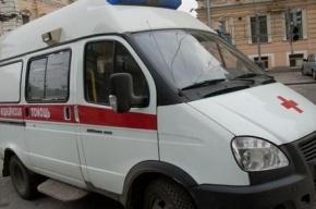 В Петербурге пьяный водитель Renault протаранил автобус на остановке
