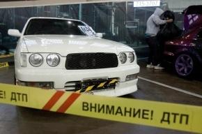 В Петербурге Hyundai Solaris протаранила машину с полицейским