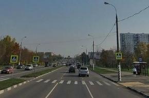 В Москве иномарка сбила двух подростков на пешеходном переходе