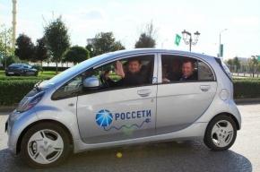 Рамзан Кадыров прокатился по Грозному на новом электромобиле
