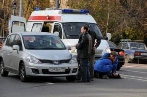 На Пулковском шоссе иномарка сбила женщину-пешехода