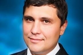 Петербургский депутат покидает ЗакС из-за эстонского паспорта