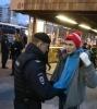 У метро «Пражская» в Москве начались задержания, 15 октября 2013: Фоторепортаж