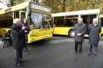 Фоторепортаж: «Губернатору показали новые автобусы с wi-fi, которые будут возить петербуржцев»