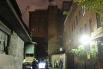 На набережной Екатерингофки ночью горело производственное здание: Фоторепортаж
