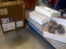Фоторепортаж: ««Почта России» доставила посылку с грудой камней вместо iPhone 5»