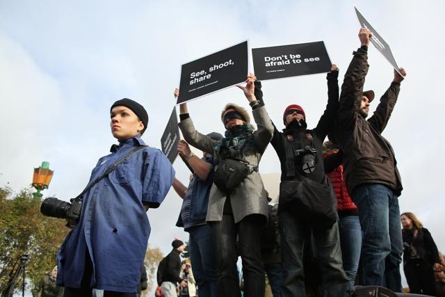 Акция в поддержку Дениса Синякова 13 октября 2013 года: Фото