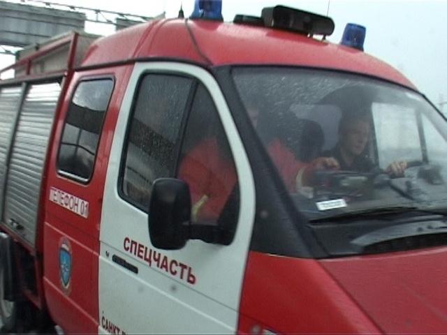 Пожарные на станции метро «Обухово»: Фото