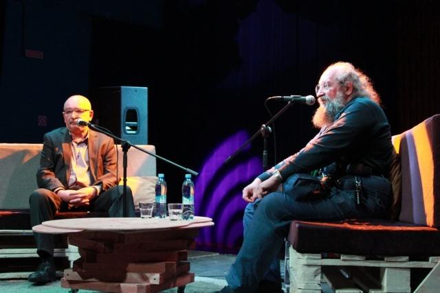 Дебаты Лурье и Вассермана: Фото