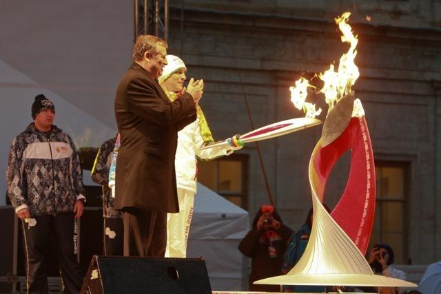 Эстафета олимпийского огня в Ленобласти 26 октября 2013 года. : Фото