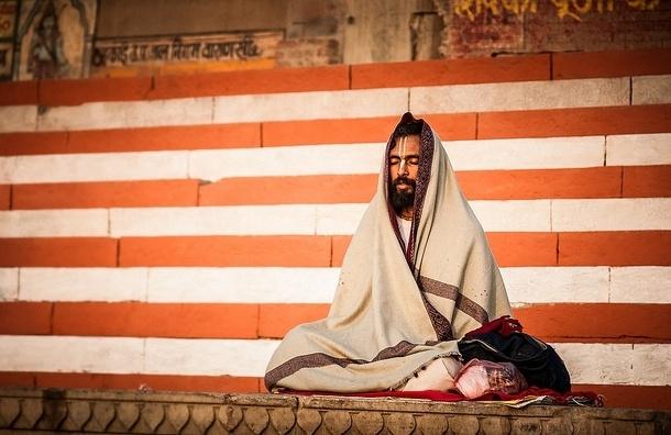 Певица Снатам Каур: «Йога звука — самая ленивая йога»