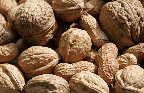Орехи обеспечат организм белком, витаминами и минералами
