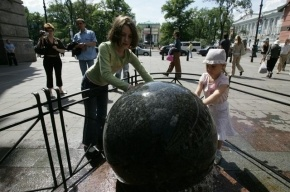 Петербуржцы просят сделать пешеходными пять улиц