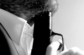 Экс-омбудсмен Астраханской области найден с пулей в сердце