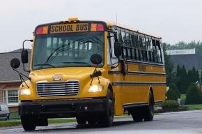 На юге США мужчина угнал автобус со школьниками