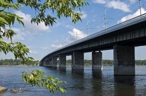 Виновник ДТП в Красноярске бросился с моста в Енисей