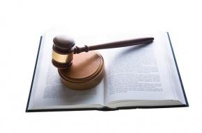 В Петербурге отозвана лицензия у старейшего негосударственного юридического вуза