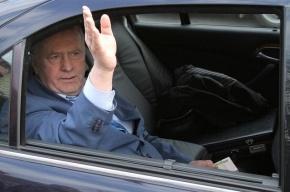 Жириновский собирается разбить окна в посольстве Нидерландов