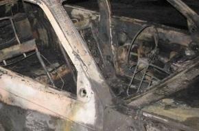 Пять автомобилей сгорели ночью в Петербурге