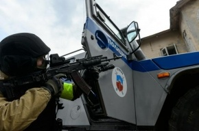 У «Пулковской»  задержан торговец пиццы, который продал пулемет и пистолет