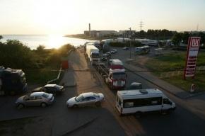 На Пулковском шоссе столкнулись три пустых грузовика