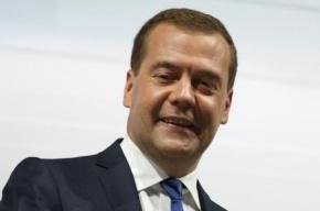Восемь назначенных Медведевым губернаторов могут уйти в отставку