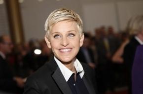 Американская телеведущая подарила $10 тысяч официантке, оплатившей обед военных