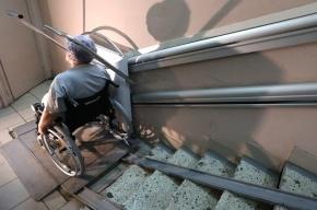 В Петербурге онкобольной в коляске выпрыгнул из окна больницы и погиб
