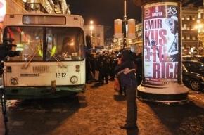 В Петербурге столкнулись две маршрутки, пострадали женщина и ребенок
