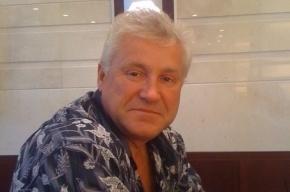 Тело пропавшего сотрудника ЗакСа ищут с катера в Неве