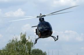 Жители Крестовского острова жалуются на вертолеты, садящиеся на проезжей части
