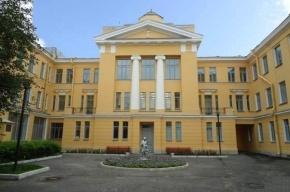 В Петербурге шестеро детей в пижамах сбежали из Центра детской психиатрии